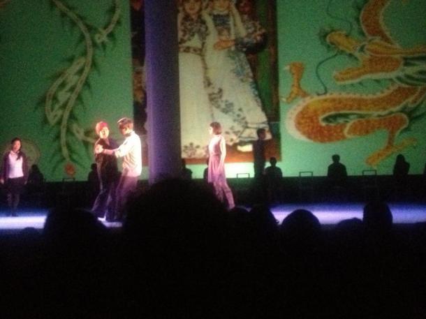 susan pui san lok, Altar Notes, 2012, performance still